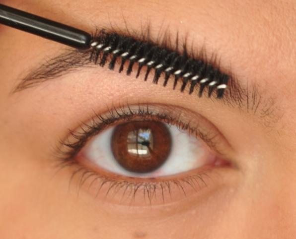 Tips Para Maquillar Tus Cejas Y Que Luzcan Muy Naturales