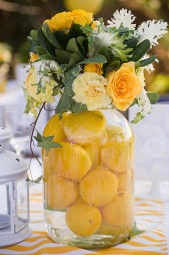 complementa las flores con frutas naturales adems de verse increbles huelen delicioso