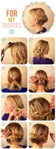 puedes dividir tu cabello en secciones hacer un chongo con la del centro y