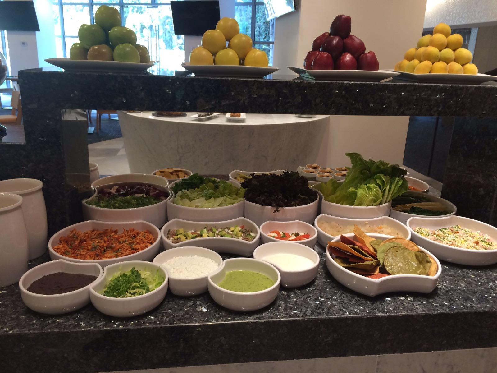 Restaurante La Huerta Santa Fe Te Ofrece Un Buffet Como