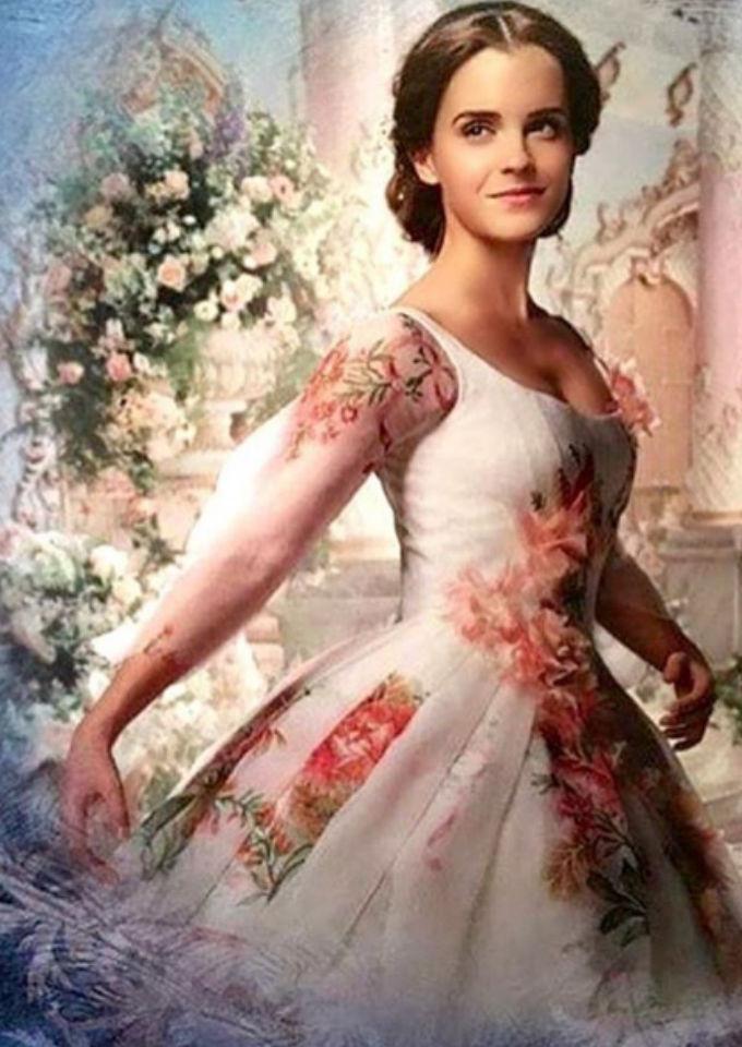 """difunden vestido de novia de emma watson en """"la bella y la bestia"""
