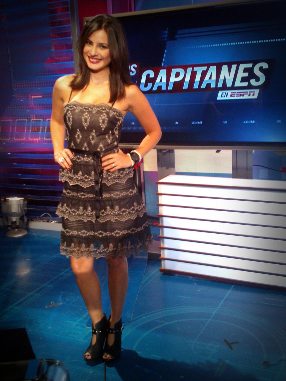 Ana carolina sexy tv host dominican republic - 1 4