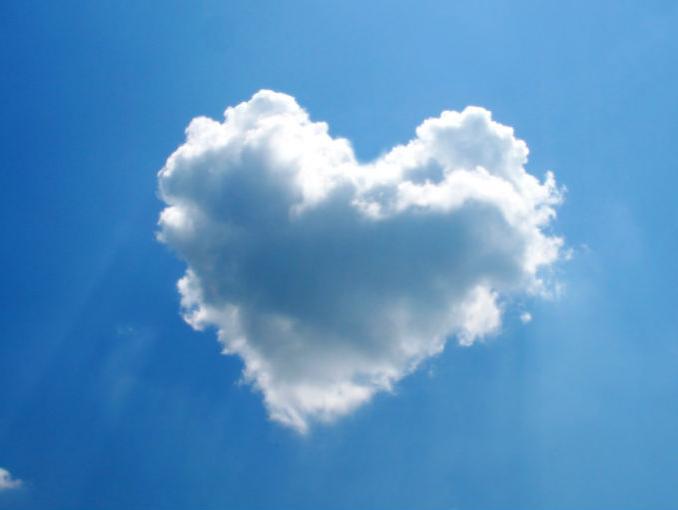 Природа Облако сердце обои рабочий стол.  Смотреть 'Облако сердце' в полном размере.