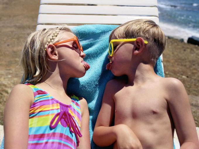 10 cosas que debes hacer antes de tener hijos actitudfem for Modelos de baneras para bano