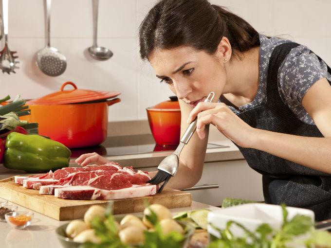 Como cocinar facil y rapido actitudfem - Cocinar en sartenes de ceramica ...