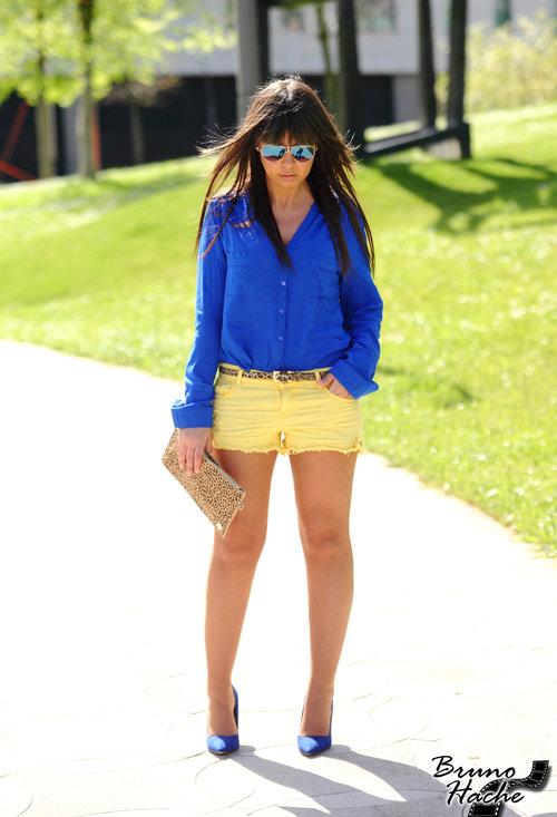 faf751b8303fe combinar zapatillas azules mujer