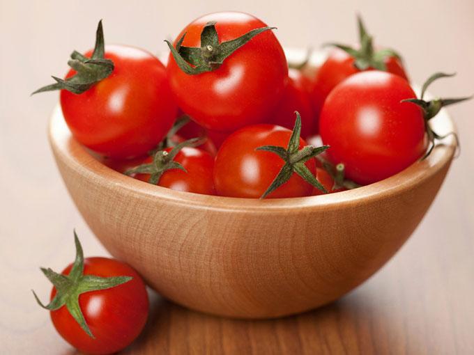 Los beneficios del tomate para la piel