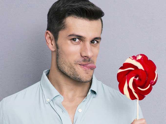 Hace poco Thought Catalog publicó las historias de varios chicos que describen a qué saben sus parejas cuando les hacen sexo oral. Para algunos el sabor de la vagina de sus novias es delicioso, para otros no tanto…