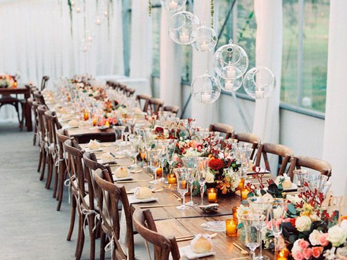 Mesas r sticas de madera para bodas de sal n actitudfem - Mesas de libro para salon ...