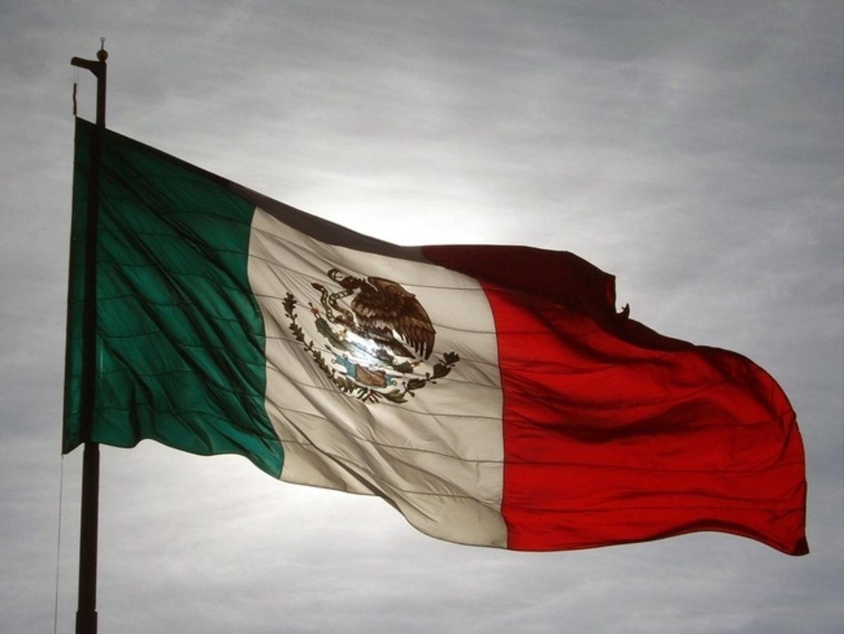 5 cosas que debes saber sobre la Bandera de México