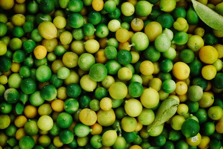 Foto ilustrativa de limones.