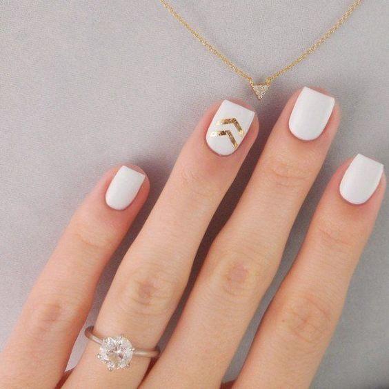 5 dise os sencillos pero con mucho estilo para llevar las for Unas color marmol