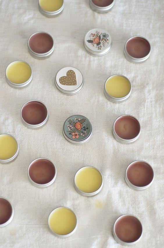 como-hacer-balsamo-labial-receta-sencilla-3-ingredientes