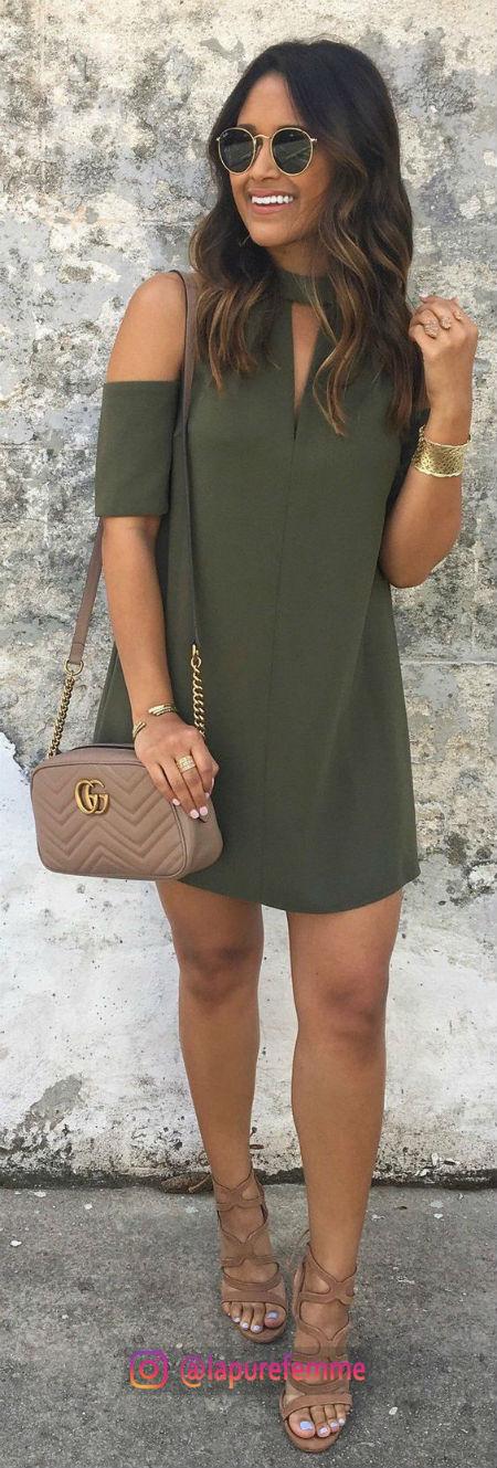 4da7ebbbbd Cómo combinar tu vestido verde para dar el grito y conseguir un look  original