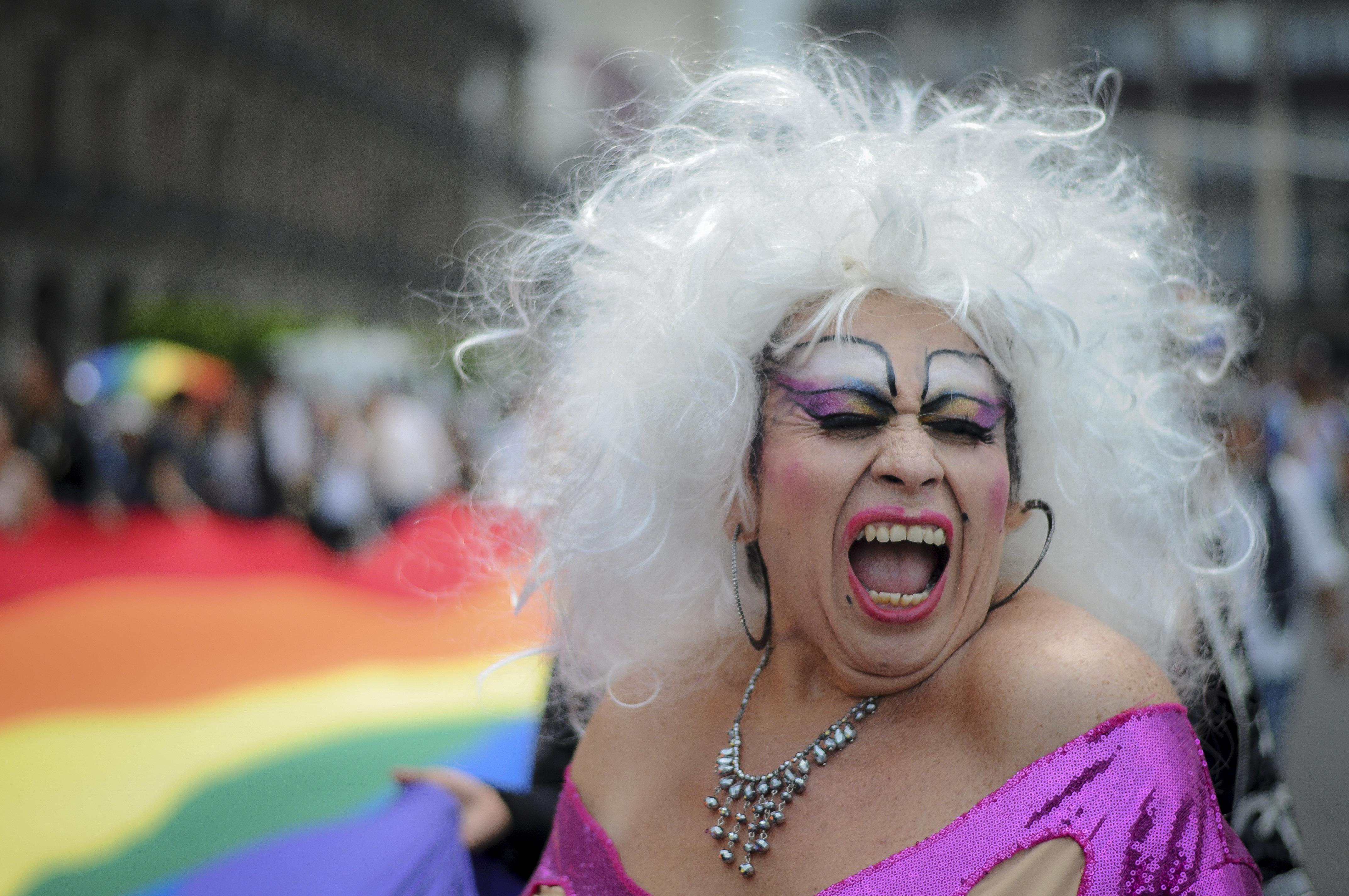 drag queen en marcha lgbt 2016 en ciudad de méxico