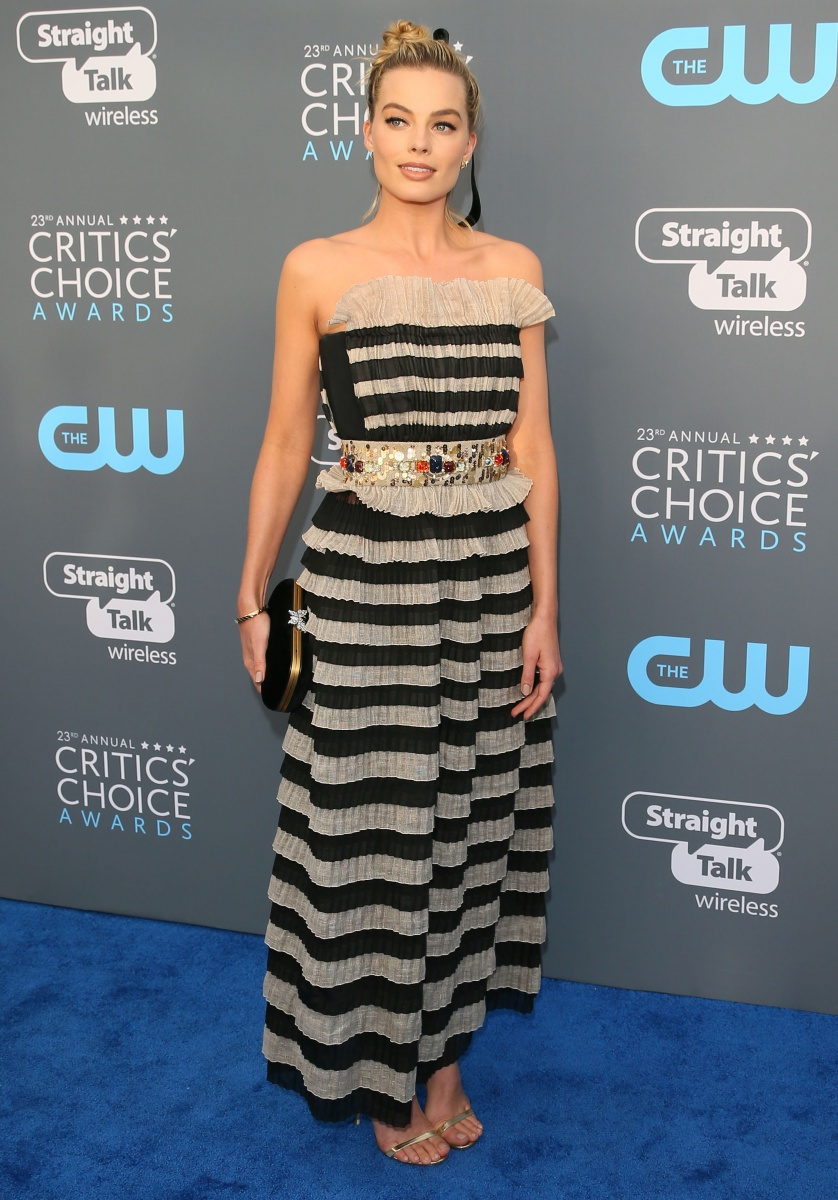 margot-robbie-critics-choice-awards
