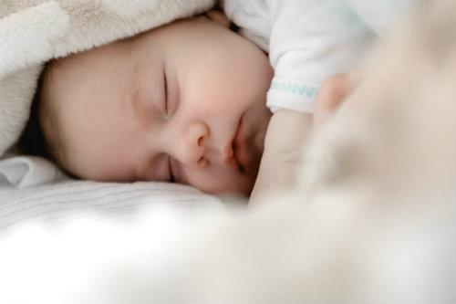 nombres-arabes-para-bebe