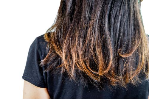 puntas-abiertas-senal-de-corte-de-pelo-necesario