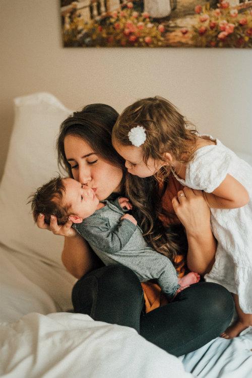 sueldo-de-mama-que-se-queda-a-cuidar-a-los-ninos