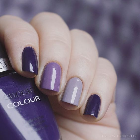 Uñas color ultra violeta fotos | ActitudFem