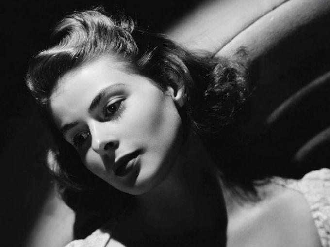 Ingrid Bergman es nativa de Suecia, es la única actriz extranjera hasta el momento en conseguir 3 premios Oscar.