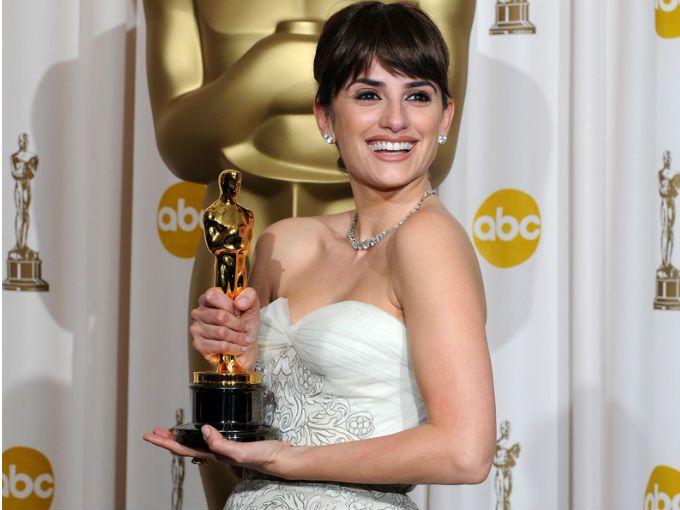 La película dirigida por Woody Allen, Vicky Cristina Barcelona, en el 2008 le valió ganar un Oscar a la actriz española Penélope Cruz.