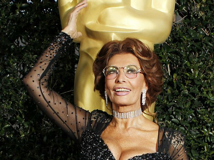 Sophia Loren ganó un Oscar honorífico en 1991 y estuvo nominada 2 veces a éste premio.