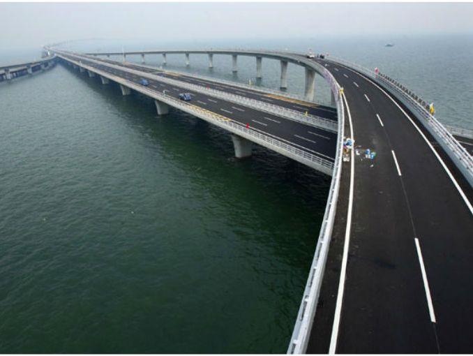 Resultado de imagen para puente mas largo del mundo china hong kong