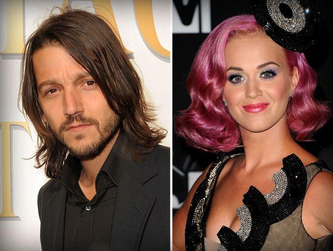 Mujeres Música Katy Perry Cabello Azul Desgaste Cantantes: Diego Luna Es Pareja De Katy Perry