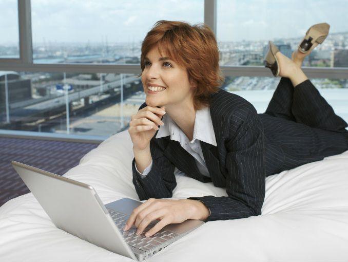 8 tips para poner tu CV en línea | ActitudFem