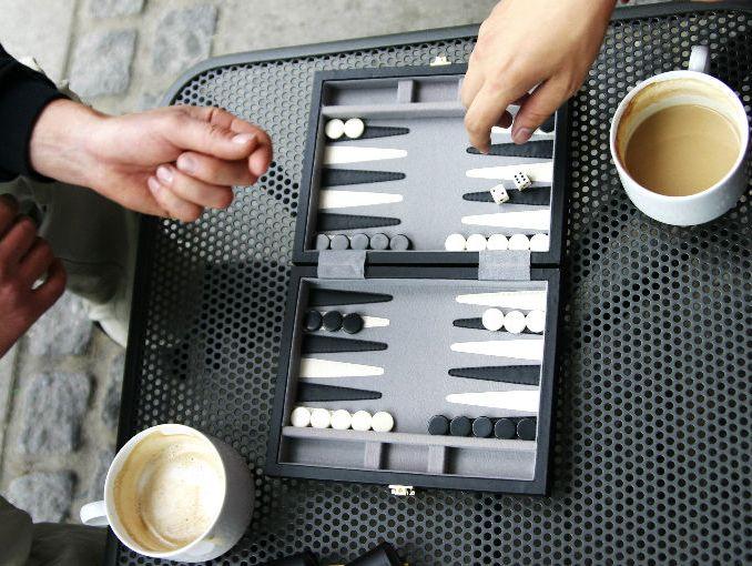 Juego De Mesa Backgammon Inspire Canasta Rosa