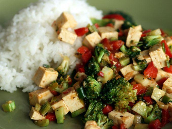 C mo preparar tofu actitudfem for Como cocinar el tofu fresco