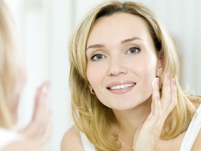 La cosmética floresan la crema que blanquea