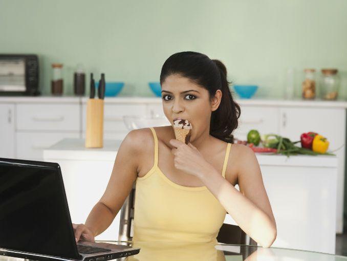 Est s engordando en tu cocina actitudfem for Haciendo el amor en la cocina
