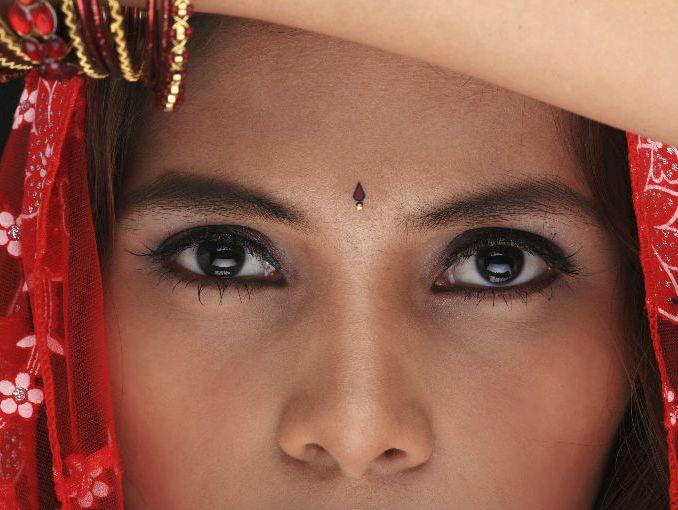 Las Mujeres En La India Crean Ropa Anti Violaciones Actitudfem