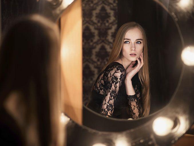 Un espejo podr a curar a las chicas con bulimia actitudfem for Espejo que hace fotos