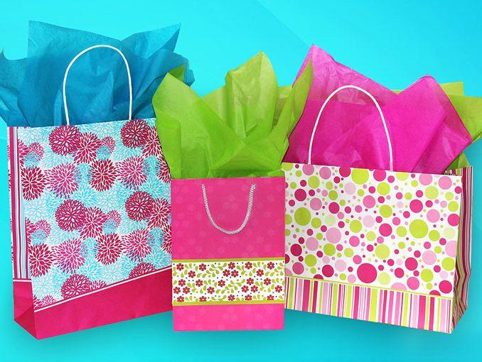 Como hacer una bolsa para regalo actitudfem - Como decorar bolsas de papel ...