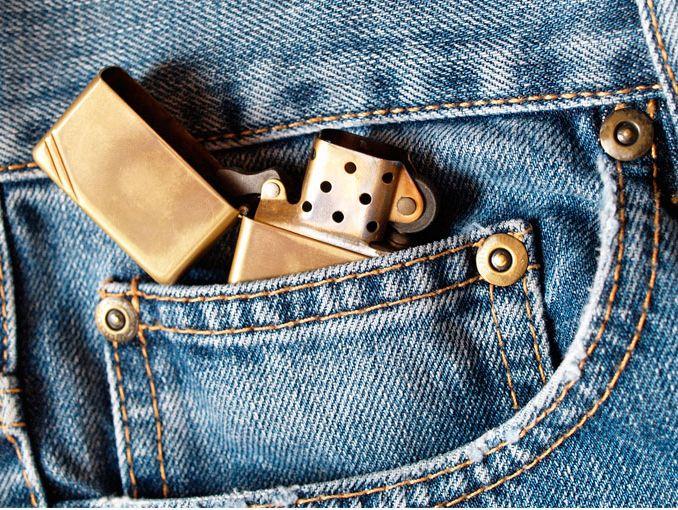 Para qué sirve el bolsillo pequeño de los jeans? | ActitudFem
