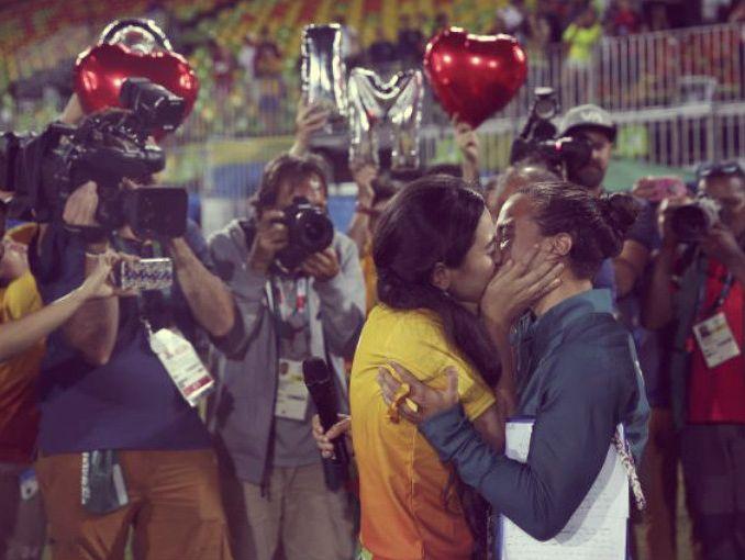 La enternecedora propuesta de matrimonio en el rugby femenino durante las Olimpiadas