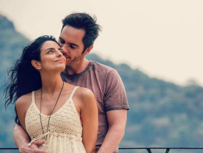 Aislinn Derbez y su primer Baby Shower