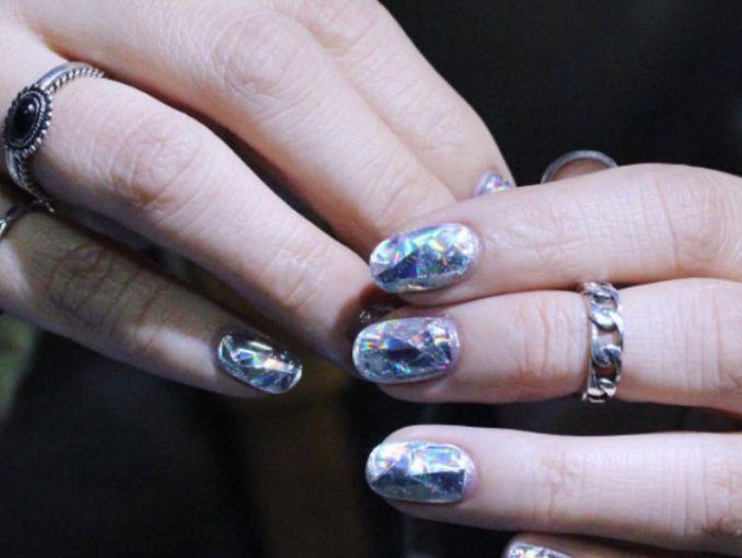 La nueva tendencia que todas llevaremos este invierno: uñas de ...