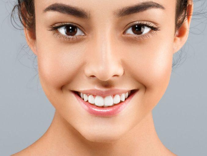 agua mineral para limpiar tu rostro actitudfem