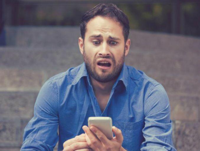 Siri revela los mensajes privados de los usuarios de iPhone — Molesto error