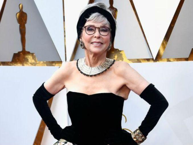 ¡Estás igual!: la actriz que repitió vestido 52 años después