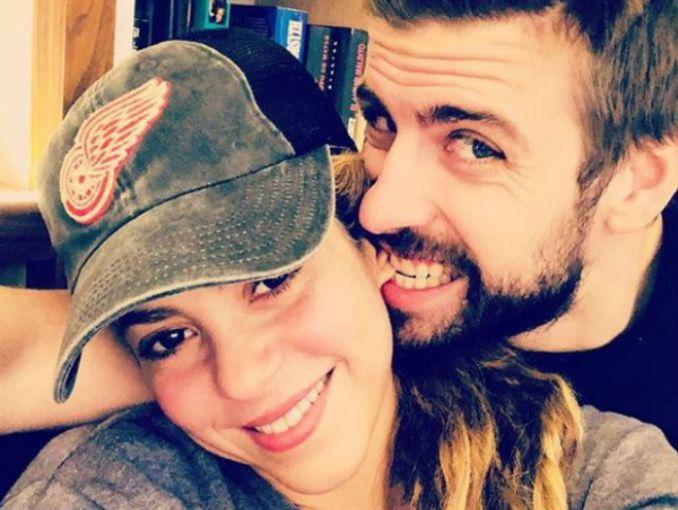 Piqué está engañando a Shakira, ¿con su ex novia?