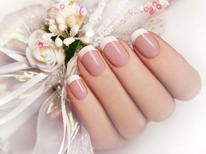f1824cef188d Presume tu anillo de compromiso con estos manicures