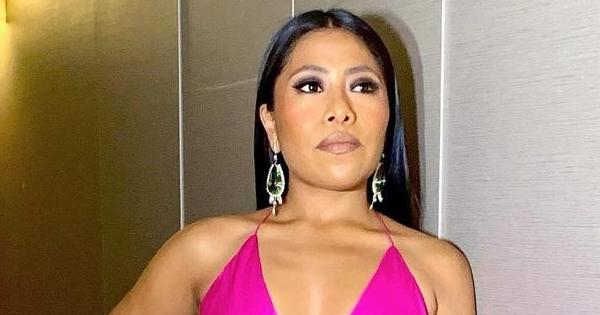 El escotado vestido con que Yalitza Aparició encendió los Golden Globes 2021